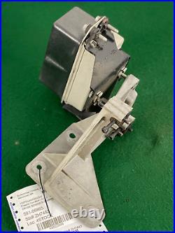 2004-05 Cadillac XLR Cruise Control Module In-Bumper Sensor Bracket 10349974 OEM